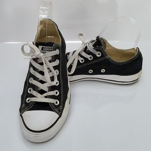 Converse low top All Star shoes
